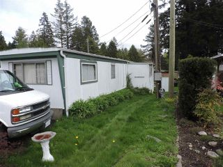 """Photo 8: 22 6571 KING GEORGE Boulevard in Surrey: Sullivan Station Manufactured Home for sale in """"Newton"""" : MLS®# R2360962"""