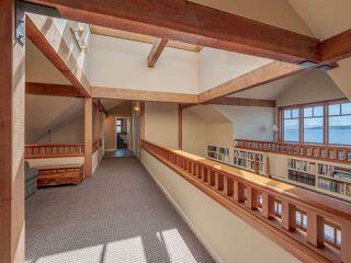 "Photo 14: 8423 8425 REDROOFFS Road in Halfmoon Bay: Halfmn Bay Secret Cv Redroofs House for sale in ""HALFMOON BAY WATERFRONT"" (Sunshine Coast)  : MLS®# R2363344"