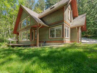"Photo 19: 8423 8425 REDROOFFS Road in Halfmoon Bay: Halfmn Bay Secret Cv Redroofs House for sale in ""HALFMOON BAY WATERFRONT"" (Sunshine Coast)  : MLS®# R2363344"