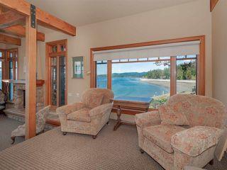 "Photo 9: 8423 8425 REDROOFFS Road in Halfmoon Bay: Halfmn Bay Secret Cv Redroofs House for sale in ""HALFMOON BAY WATERFRONT"" (Sunshine Coast)  : MLS®# R2363344"