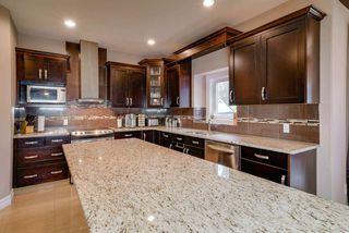 Photo 10: 5171 MULLEN Road in Edmonton: Zone 14 House for sale : MLS®# E4159288