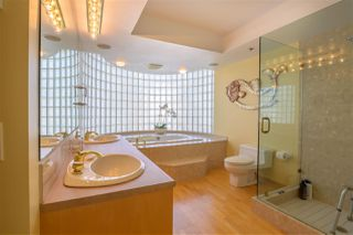 "Photo 14: 403 2280 BELLEVUE Avenue in West Vancouver: Dundarave Condo for sale in ""REGATTA POINTE"" : MLS®# R2375758"