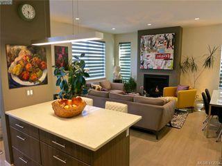 Photo 4: 490 South Joffre Street in VICTORIA: Es Saxe Point Half Duplex for sale (Esquimalt)  : MLS®# 412054