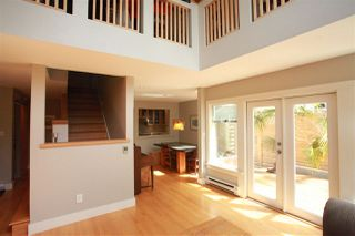 Photo 6: 2889 W 17TH Avenue in Vancouver: Arbutus 1/2 Duplex for sale (Vancouver West)  : MLS®# R2379372