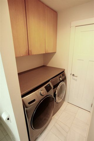 Photo 14: 2889 W 17TH Avenue in Vancouver: Arbutus 1/2 Duplex for sale (Vancouver West)  : MLS®# R2379372