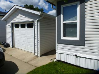 Photo 3: 2924 Lakewood Drive NW in Edmonton: Zone 59 Mobile for sale : MLS®# E4161361