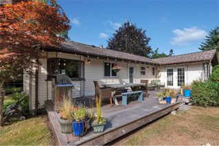 Photo 3: 1985 Saunders Road in SOOKE: Sk Sooke Vill Core Single Family Detached for sale (Sooke)  : MLS®# 414200