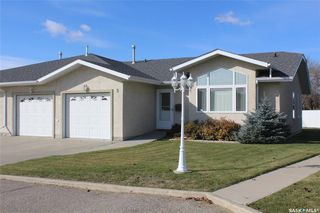Photo 1: 5 384 Pine Avenue in Estevan: Residential for sale : MLS®# SK789967