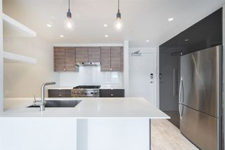 "Main Photo: 1703 198 AQUARIUS Mews in Vancouver: Yaletown Condo for sale in ""Aquarius II"" (Vancouver West)  : MLS®# R2447608"