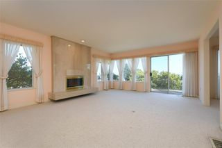Photo 2: 1723 Mayneview Terr in : NS Dean Park House for sale (North Saanich)  : MLS®# 851417