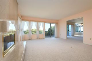 Photo 3: 1723 Mayneview Terr in : NS Dean Park House for sale (North Saanich)  : MLS®# 851417