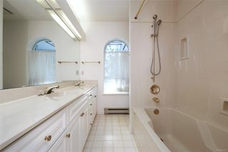 Photo 16: 1723 Mayneview Terr in : NS Dean Park House for sale (North Saanich)  : MLS®# 851417