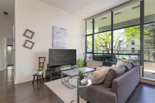 """Photo 3: 204 2851 HEATHER Street in Vancouver: Fairview VW Condo for sale in """"Tapestry"""" (Vancouver West)  : MLS®# R2495572"""