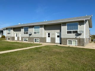 Photo 4: 4804 3 Avenue in Chauvin: Chavin Multifamily for sale (MD of Wainwright)  : MLS®# A1037058