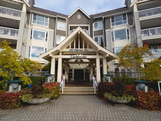 Main Photo: 206 5620 Edgewater Lane in : Na Uplands Condo for sale (Nanaimo)  : MLS®# 859748