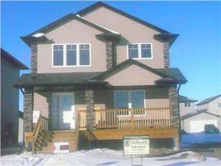 Main Photo: 1207 Willowgrove Court in Saskatoon: Willowgrove Single Family Dwelling for sale (Saskatoon Area 01)  : MLS®# 329179