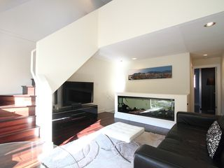 "Photo 14: 17 870 W 7TH Avenue in Vancouver: Fairview VW Townhouse for sale in ""LAUREL COURT"" (Vancouver West)  : MLS®# V907769"