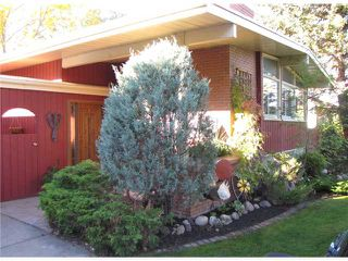 Photo 2: 140 MAPLEBURN Drive SE in CALGARY: Maple Ridge Residential Detached Single Family for sale (Calgary)  : MLS®# C3495102