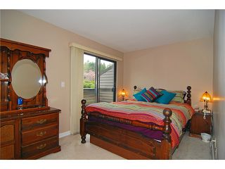 Photo 7: 8580 Woodgrove Place in Burnaby: Forest Hills BN Condo for sale (Burnaby North)  : MLS®# V1003573