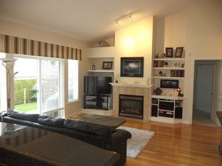 Photo 8: # 70 3500 144TH ST in Surrey: Elgin Chantrell Condo for sale (South Surrey White Rock)  : MLS®# F1316837
