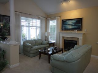 Photo 2: # 70 3500 144TH ST in Surrey: Elgin Chantrell Condo for sale (South Surrey White Rock)  : MLS®# F1316837