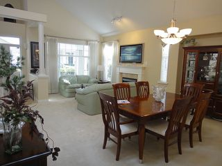 Photo 3: # 70 3500 144TH ST in Surrey: Elgin Chantrell Condo for sale (South Surrey White Rock)  : MLS®# F1316837