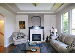 "Photo 9: 2 23281 KANAKA Way in Maple Ridge: Cottonwood MR Townhouse for sale in ""WOODRIDGE"" : MLS®# V1032160"