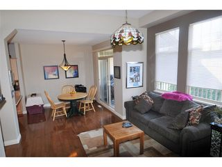 "Photo 4: 2 23281 KANAKA Way in Maple Ridge: Cottonwood MR Townhouse for sale in ""WOODRIDGE"" : MLS®# V1032160"