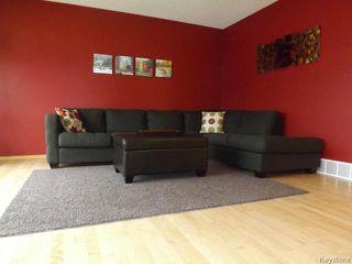 Photo 4: 7 Draho Crescent in WINNIPEG: St Vital Residential for sale (South East Winnipeg)  : MLS®# 1324343