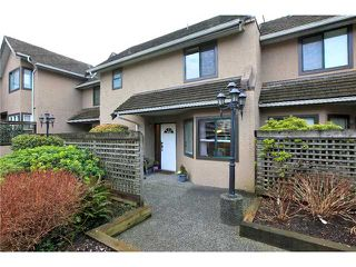 Photo 9: 7 237 W 16TH Street in North Vancouver: Central Lonsdale Townhouse for sale : MLS®# V1043211