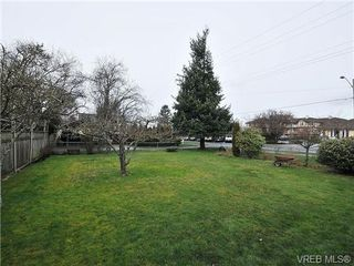 Photo 17: 2574 Epworth St in VICTORIA: OB Henderson Single Family Detached for sale (Oak Bay)  : MLS®# 665282
