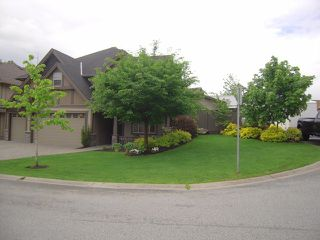 Photo 2: 33504 SHEENA Place in Abbotsford: Abbotsford East House for sale : MLS®# F1411361