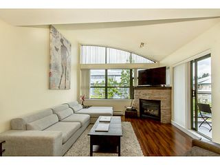 "Photo 2: 408 260 NEWPORT Drive in Port Moody: North Shore Pt Moody Condo for sale in ""MCNAIR BUILDING/NEWPORT VILLAGE"" : MLS®# V1065027"