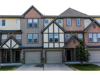 Photo 1: 44 EVERRIDGE Common SW in CALGARY: Evergreen Townhouse for sale (Calgary)  : MLS®# C3617240