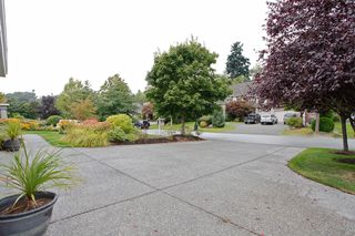 "Photo 8: 13758 21A Avenue in Surrey: Elgin Chantrell House for sale in ""CHANTRELL PARK ESTATES"" (South Surrey White Rock)  : MLS®# F1422627"