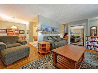 Photo 9: 2931 LATHOM Crescent SW in Calgary: Lakeview House for sale : MLS®# C4006222