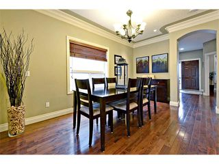 Photo 11: 1607B 24 Avenue NW in Calgary: Capitol Hill House for sale : MLS®# C4011154