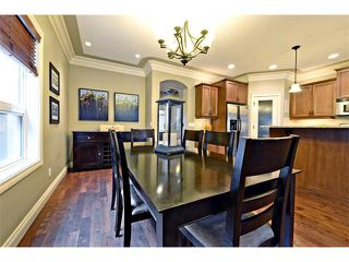 Photo 10: 1607B 24 Avenue NW in Calgary: Capitol Hill House for sale : MLS®# C4011154