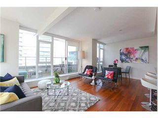 """Photo 4: 1802 821 CAMBIE Street in Vancouver: Downtown VW Condo for sale in """"RAFFLES ON ROBSON"""" (Vancouver West)  : MLS®# V1124858"""