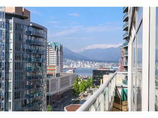 """Photo 12: 1802 821 CAMBIE Street in Vancouver: Downtown VW Condo for sale in """"RAFFLES ON ROBSON"""" (Vancouver West)  : MLS®# V1124858"""