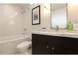 """Photo 15: 1802 821 CAMBIE Street in Vancouver: Downtown VW Condo for sale in """"RAFFLES ON ROBSON"""" (Vancouver West)  : MLS®# V1124858"""