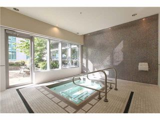 """Photo 17: 1802 821 CAMBIE Street in Vancouver: Downtown VW Condo for sale in """"RAFFLES ON ROBSON"""" (Vancouver West)  : MLS®# V1124858"""