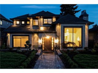 "Main Photo: 733 E 7TH Street in North Vancouver: Queensbury House for sale in ""QUEENSBURY"" : MLS®# V1129157"