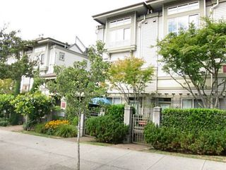 Photo 13: 6 2375 BROADWAY Other W in Vancouver West: Kitsilano Home for sale ()  : MLS®# V1081687