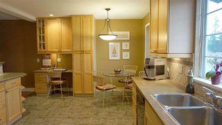 "Photo 7: 17 BRACKENRIDGE Place in Port Moody: Heritage Mountain House for sale in ""HERITAGE MOUNTAIN"" : MLS®# R2033510"