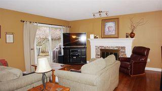 "Photo 4: 17 BRACKENRIDGE Place in Port Moody: Heritage Mountain House for sale in ""HERITAGE MOUNTAIN"" : MLS®# R2033510"