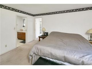 Photo 16: 4700 Sunnymead Way in VICTORIA: SE Sunnymead Single Family Detached for sale (Saanich East)  : MLS®# 722127