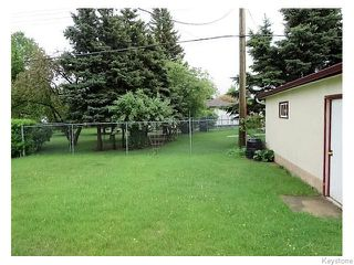 Photo 11: 947 Airlies Street in Winnipeg: West Kildonan / Garden City Residential for sale (North West Winnipeg)  : MLS®# 1613801
