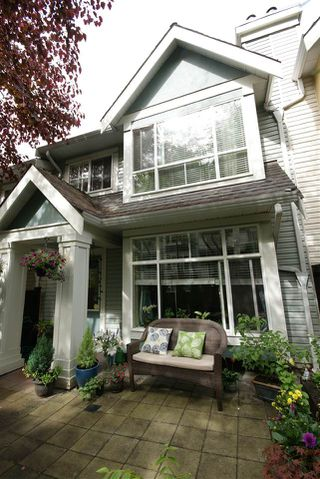 "Photo 13: 7430 MAGNOLIA Terrace in Burnaby: Highgate Townhouse for sale in ""CAMARILLO"" (Burnaby South)  : MLS®# R2080942"