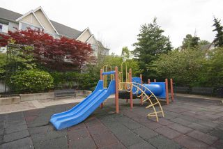 "Photo 17: 7430 MAGNOLIA Terrace in Burnaby: Highgate Townhouse for sale in ""CAMARILLO"" (Burnaby South)  : MLS®# R2080942"